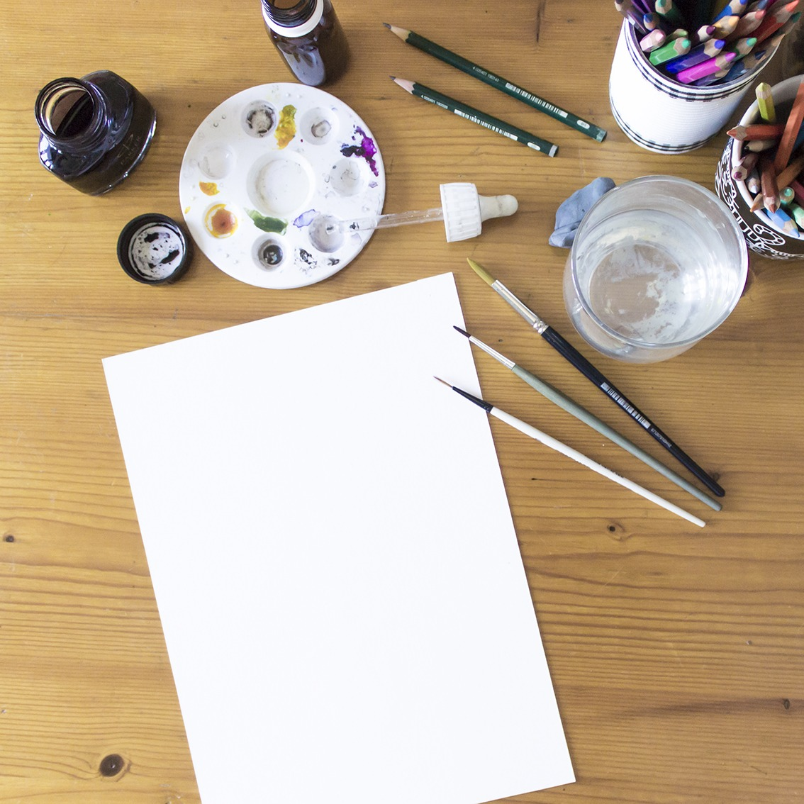Inktober, Jake Parker, Inktober Official list, Inktober 2018 prompt official list, Inktober 2018, white paper, desk, on the table,